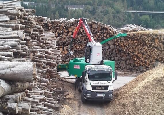 medienos-kapokles-HEM583DL_DQ-Truck hybrid-2
