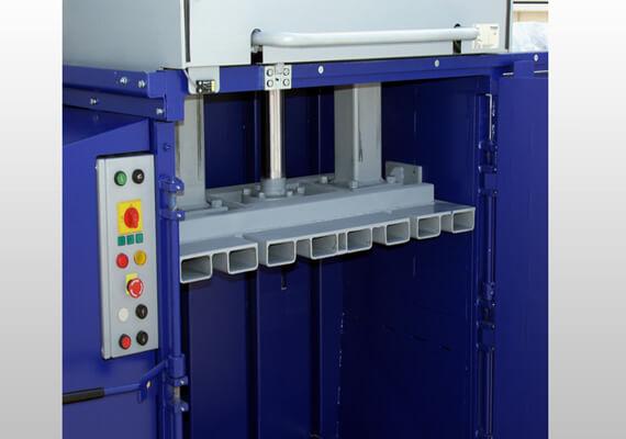 Vertikalus-daugiakamerinis-atlieku-presas-2