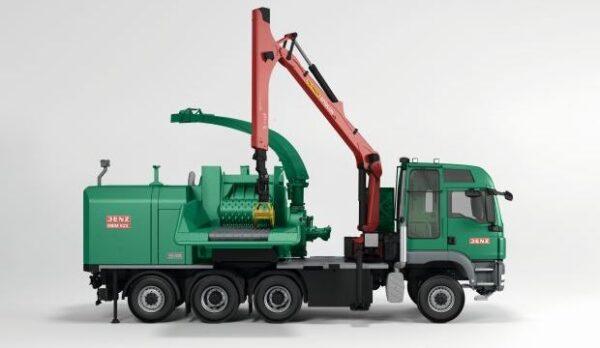 JENZ HEM 922 DQ-Truck hybrid – Galingiausias Europoje medienos smulkintuvas su hibridine pavara (dvejų variklių technologija)